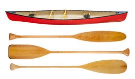 Canoa e pagaie di legno isolate Fotografia Stock Libera da Diritti