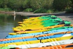 Canoa en la playa Foto de archivo