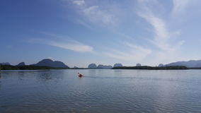 Canoa en laguna Imagen de archivo