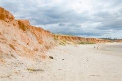 Canoa Quebrada橙色峭壁看法和 免版税库存图片