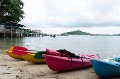 Canoa sulla spiaggia Fotografia Stock Libera da Diritti