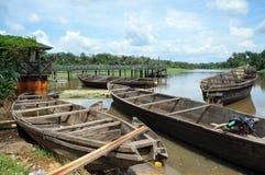 Canoas aseguradas Fotos de archivo