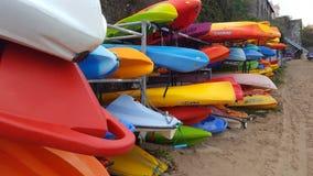 Canoas no cais novo Fotografia de Stock