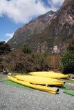Canoe gialle Fotografia Stock