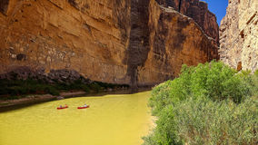Canoe on Rio Grande River in Big Bend National Park Stock Photography