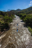 Canoeing долина вод Dusi гонки быстро узкая Стоковая Фотография RF