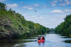 Canoeing - национальный парк Biscayne - Флорида Стоковое Изображение RF