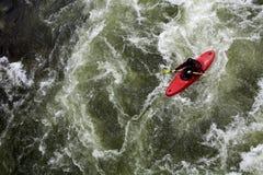 Canoeing dell'acqua bianca Immagine Stock