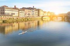 Canoeing no rio fotografia de stock royalty free