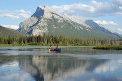 Canoeing Paare Stockfotografie