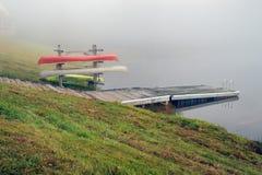 canoes озеро Стоковые Фотографии RF