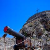 Canon antico all'interno di vecchia fortezza Fotografia Stock