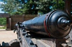 Canon binnen een Fort Stock Afbeelding
