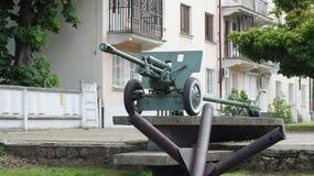 Canon d'artillerie de la 2ème guerre mondiale Photo stock