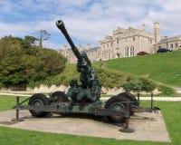 Canon de Flack dans le château de Douvres images libres de droits