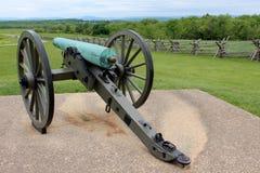 Canon de guerre sur la station de ciment où la guerre civile a été combattue Photo libre de droits