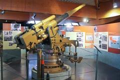 Canon de marine au musée de la bataille de la Normandie. image libre de droits