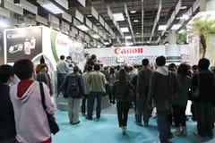 Canon-Digitalkamera an der Ausstellung Stockfotografie