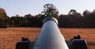 Canon en el campo de batalla civil de las mercancías Fotos de archivo