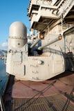 Canon na batalistycznym krążowniku, przygotowywającym podpalać? Zdjęcia Royalty Free