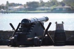 Canon på fort i StAugustine, Florida Royaltyfria Bilder