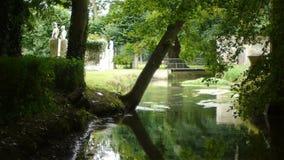 Canon romantico fortifica il giardino, Francia archivi video