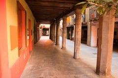 Canonges街道Seu d'Urgell卡塔龙尼亚西班牙 免版税库存图片