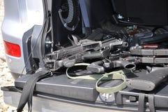 Canons dans le véhicule Photos libres de droits