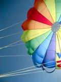 canopyen hoppa fallskärm Royaltyfri Bild