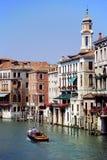 Canot automobile sur Grand Canal, Venise, Italie. Image stock