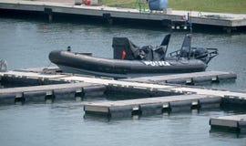 Canot de bateau de police Images libres de droits