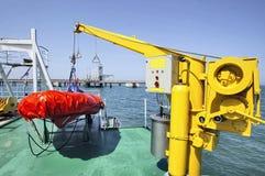 Canot de sauvetage du côté d'un bateau Images libres de droits