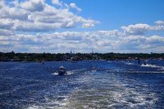 Canotage au port de Newburry Images libres de droits