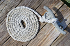 Canotage : Corde enroulée Photographie stock