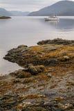 Canotage dans la région sauvage d'Alaska Images stock