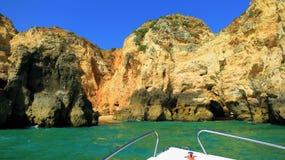 Canotage sur l'Algarve Photographie stock libre de droits