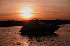 Canotaje de la puesta del sol en Kentucky Imagen de archivo libre de regalías