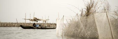 Canotaje en África imagen de archivo
