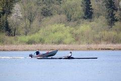 Canottaggio nel lago Burnaby Immagini Stock Libere da Diritti
