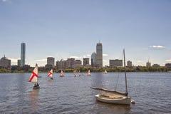 Canottaggio su Charles River, Boston fotografie stock