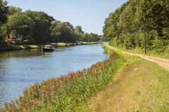 Canottaggio sul canale Herentals-Bocholt fotografie stock libere da diritti