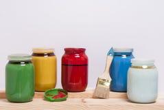 Cans med målarfärger Fotografering för Bildbyråer