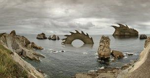 Cantabria, Costa Quebrada, formazioni rocciose stupefacenti Fotografie Stock Libere da Diritti