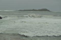 Cantabrian hav i Mundaca med omildheterna av orkanen hugo väderloppnatur Royaltyfri Fotografi