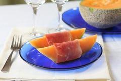 Cantaloupe com prosciutto Imagens de Stock