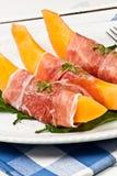 Cantaloupe e presunto cru Imagem de Stock Royalty Free