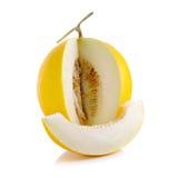 Cantalupo giallo isolato sui precedenti bianchi immagine stock libera da diritti