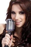 Cantante de sexo femenino del estallido Foto de archivo libre de regalías