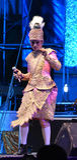 Cantante del hombre y concierto tailandés del estilo de los bailarines Fotografía de archivo libre de regalías