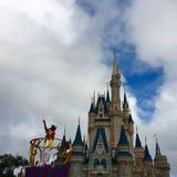 Cantante en el partido de Walt Disney World Fotografía de archivo